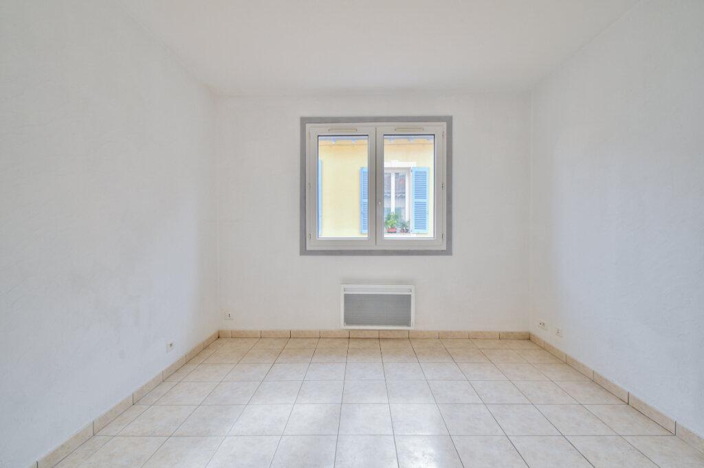 Maison à louer 3 61m2 à Mandelieu-la-Napoule vignette-11