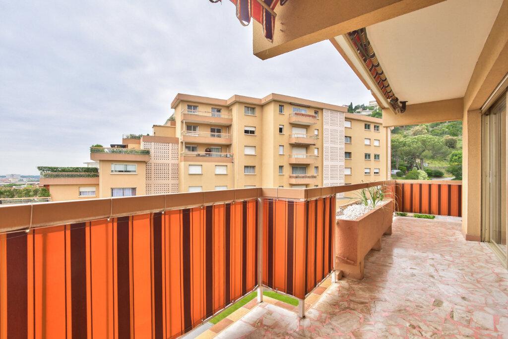 Appartement à louer 3 78.74m2 à Mandelieu-la-Napoule vignette-2