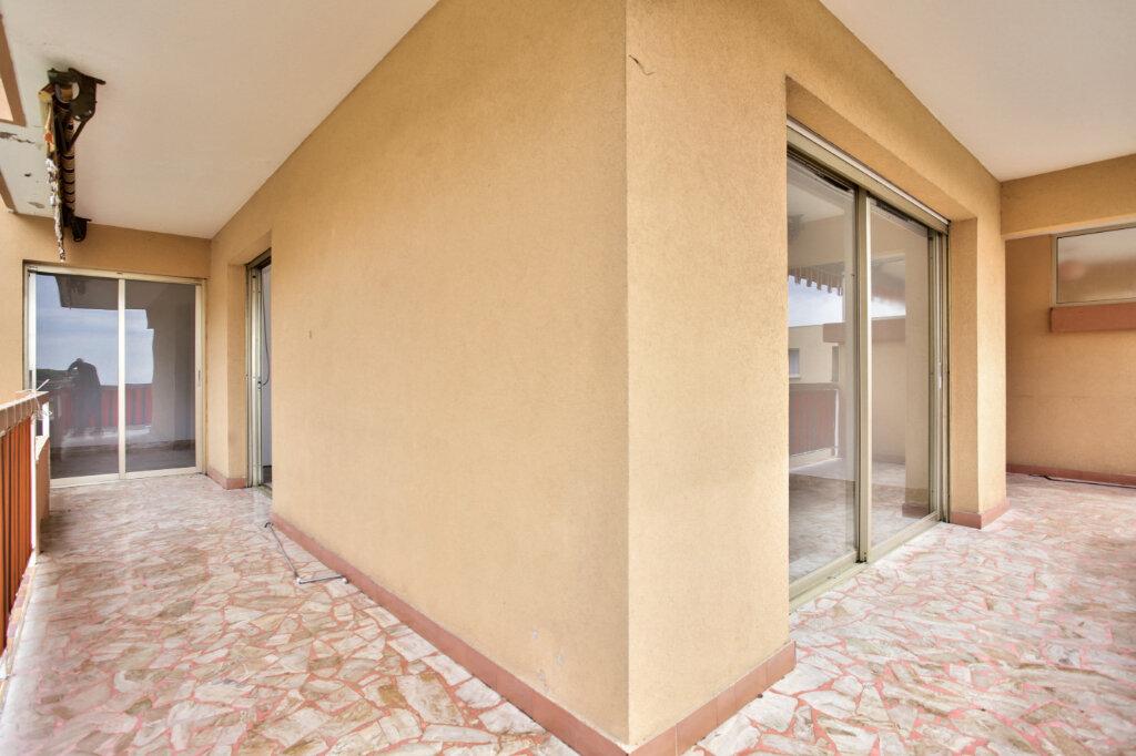 Appartement à louer 3 78.74m2 à Mandelieu-la-Napoule vignette-3