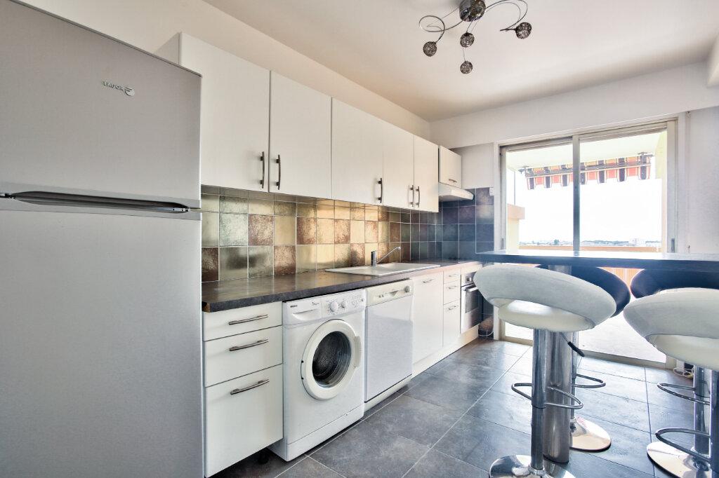 Appartement à louer 3 78.74m2 à Mandelieu-la-Napoule vignette-7