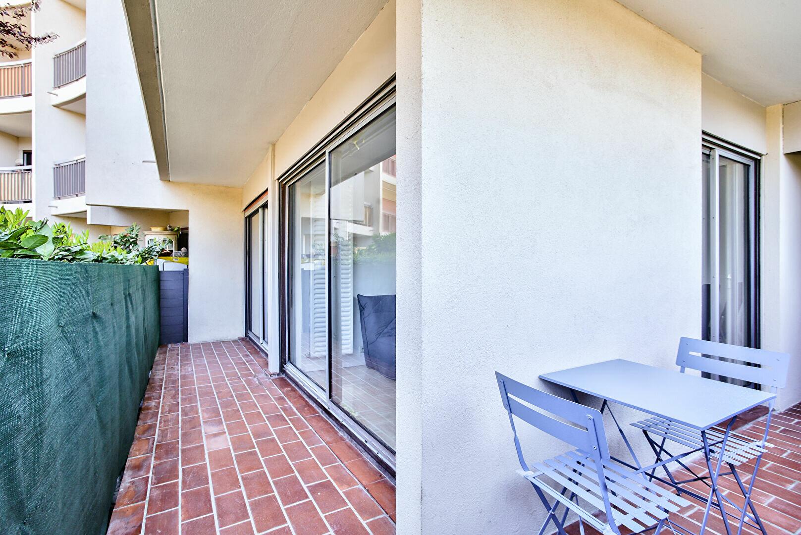 Appartement à louer 2 34.11m2 à Mandelieu-la-Napoule vignette-4