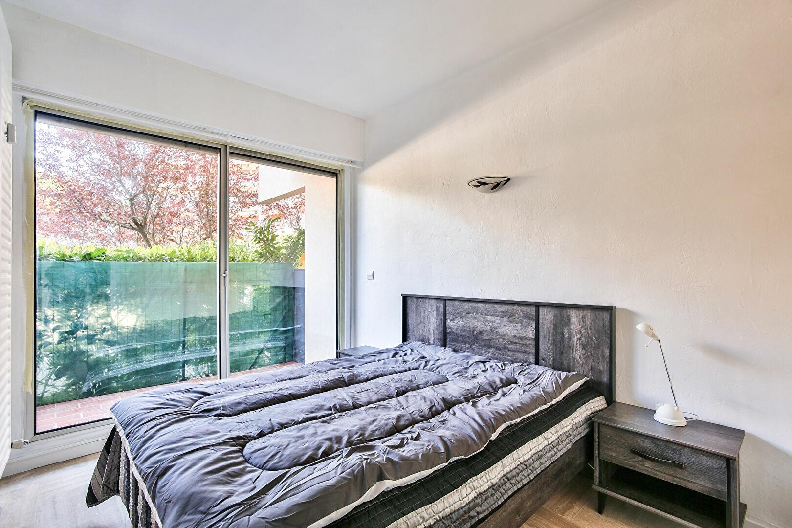 Appartement à louer 2 34.11m2 à Mandelieu-la-Napoule vignette-6