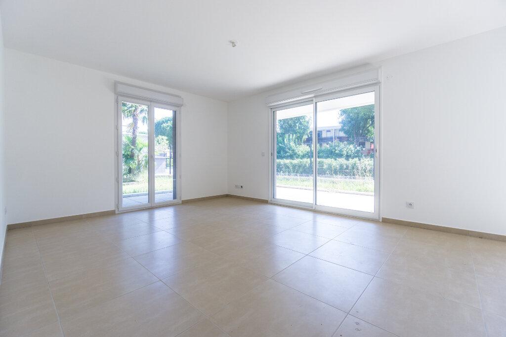 Appartement à louer 3 66.45m2 à Mandelieu-la-Napoule vignette-5