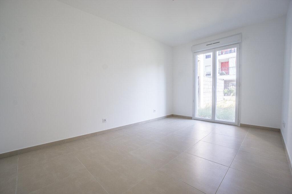 Appartement à louer 3 66.45m2 à Mandelieu-la-Napoule vignette-6