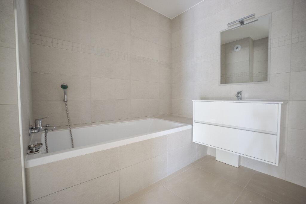 Appartement à louer 3 66.45m2 à Mandelieu-la-Napoule vignette-8