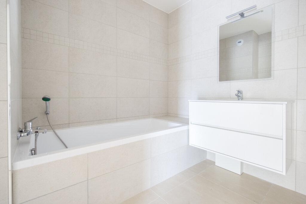 Appartement à louer 3 64.14m2 à Mandelieu-la-Napoule vignette-7
