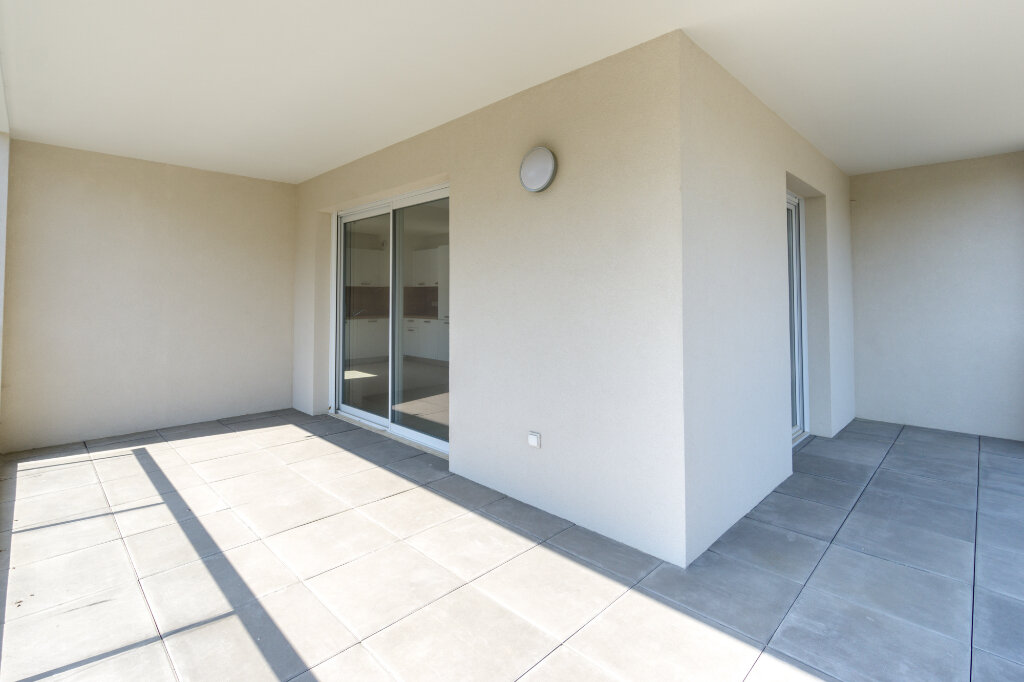 Appartement à louer 3 64.14m2 à Mandelieu-la-Napoule vignette-8