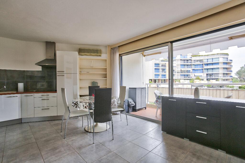 Appartement à vendre 1 28.77m2 à Mandelieu-la-Napoule vignette-2