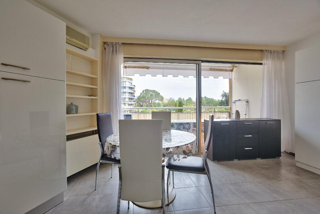 Appartement à vendre 1 28.77m2 à Mandelieu-la-Napoule vignette-4