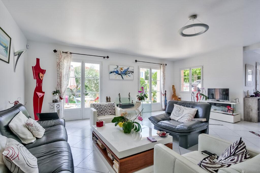 Maison à vendre 4 118.07m2 à Mandelieu-la-Napoule vignette-4