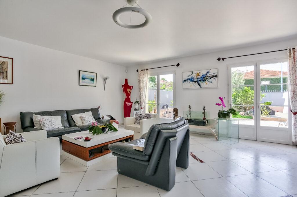 Maison à vendre 4 118.07m2 à Mandelieu-la-Napoule vignette-5