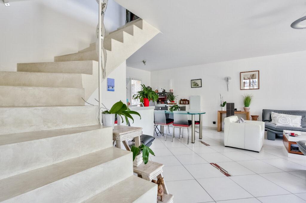 Maison à vendre 4 118.07m2 à Mandelieu-la-Napoule vignette-8