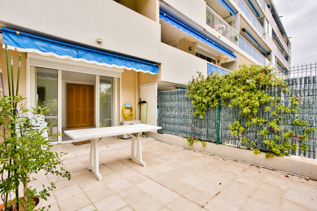Appartement à louer 2 40.41m2 à Mandelieu-la-Napoule vignette-3