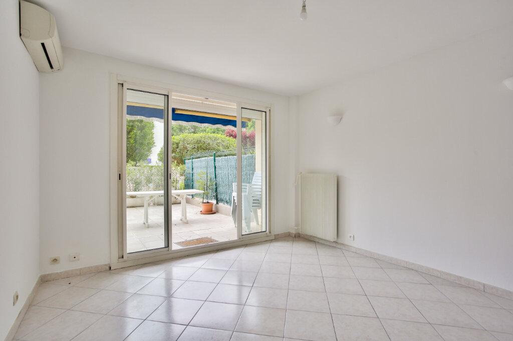 Appartement à louer 2 40.41m2 à Mandelieu-la-Napoule vignette-5