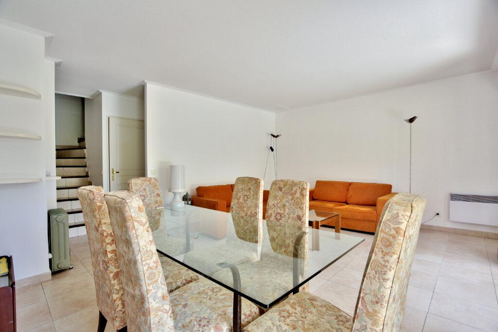 Appartement à louer 4 82.62m2 à Mandelieu-la-Napoule vignette-7