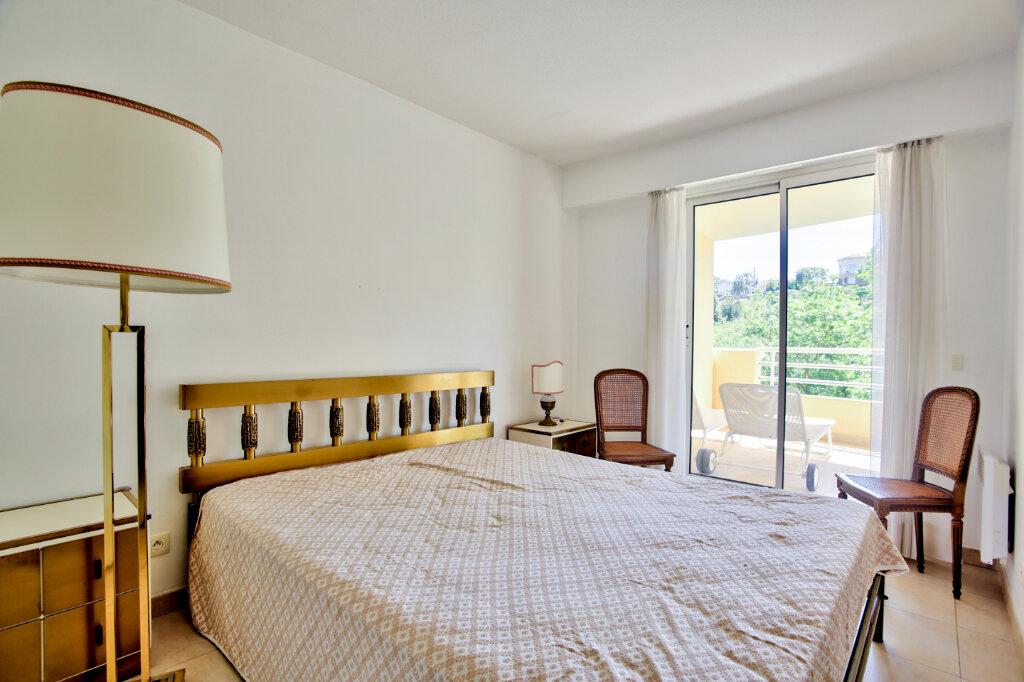 Appartement à louer 4 82.62m2 à Mandelieu-la-Napoule vignette-10