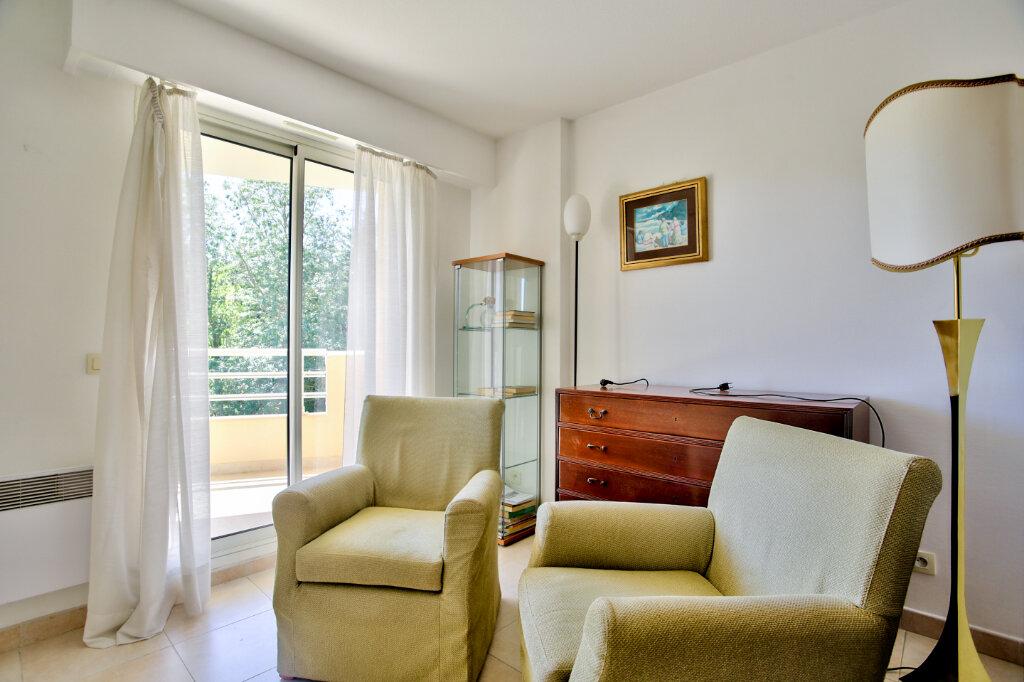 Appartement à louer 4 82.62m2 à Mandelieu-la-Napoule vignette-11