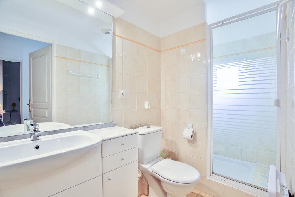 Appartement à louer 4 82.62m2 à Mandelieu-la-Napoule vignette-13