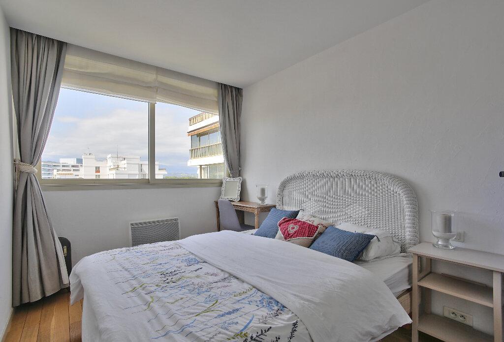 Appartement à vendre 3 52.03m2 à Mandelieu-la-Napoule vignette-12