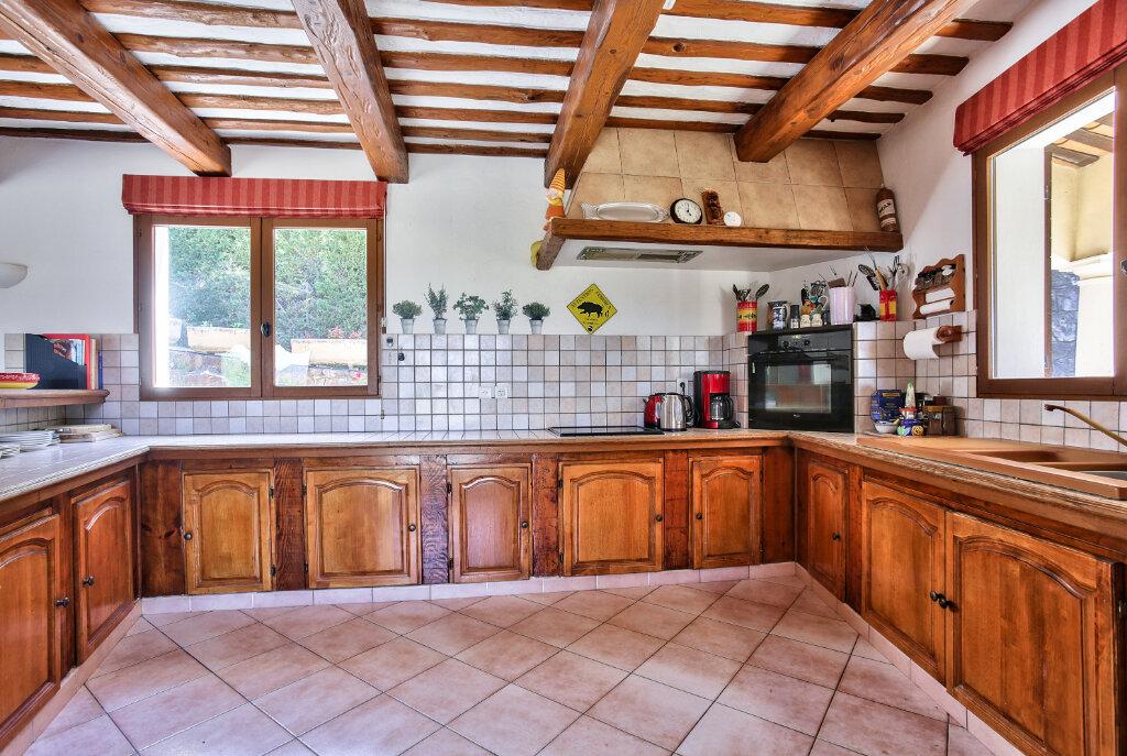 Maison à vendre 8 300m2 à Fréjus vignette-7
