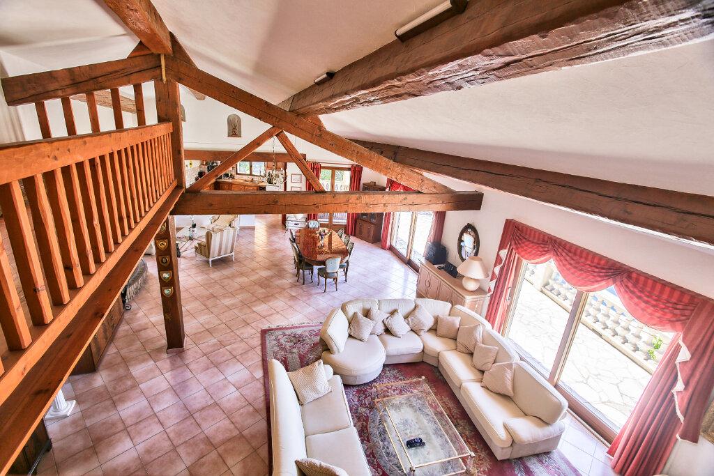 Maison à vendre 8 300m2 à Fréjus vignette-10