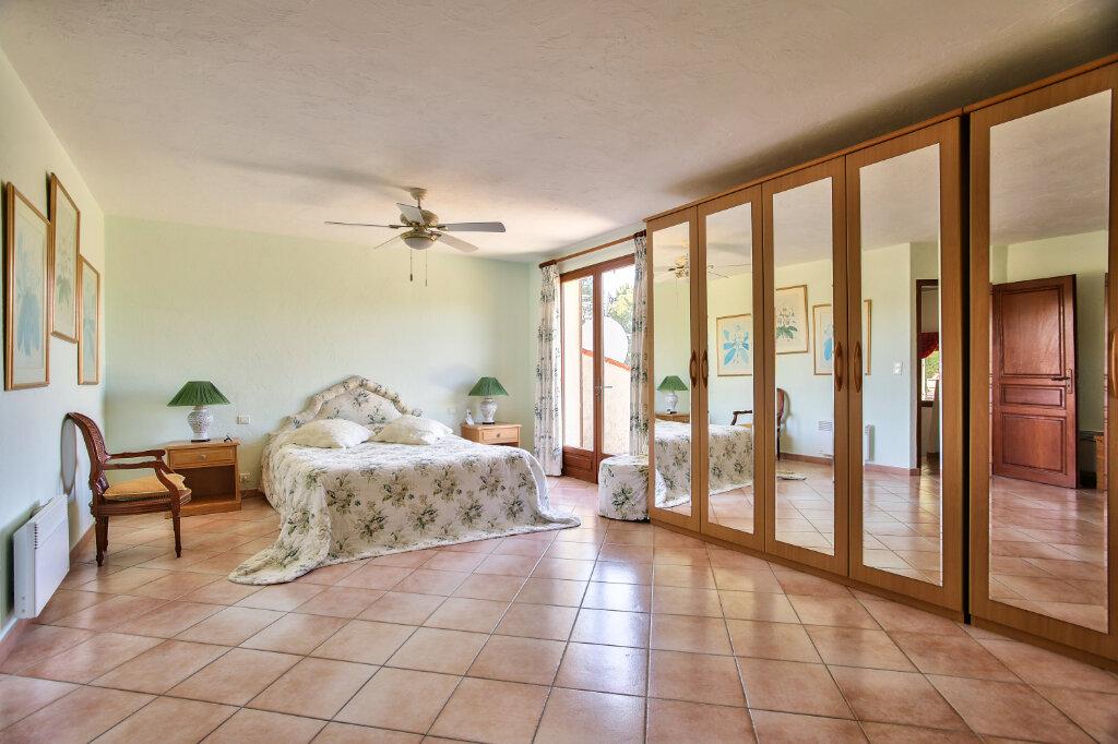 Maison à vendre 8 300m2 à Fréjus vignette-11