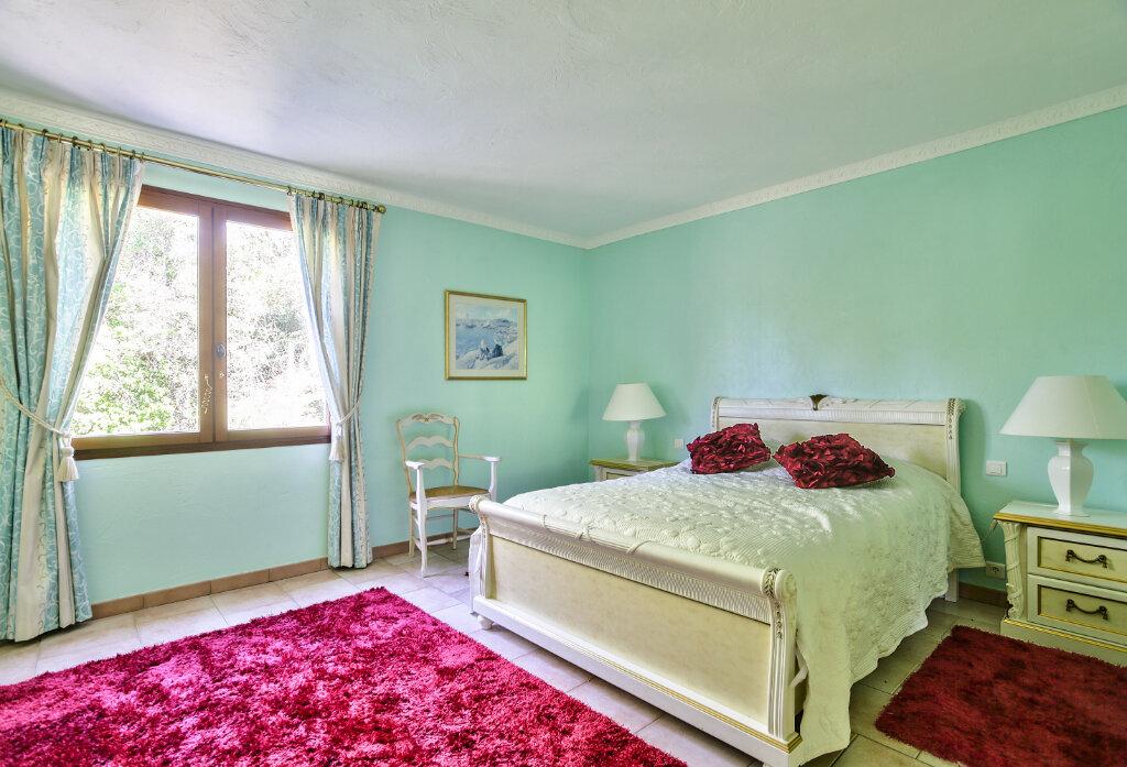 Maison à vendre 8 300m2 à Fréjus vignette-13