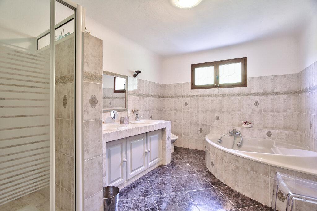 Maison à vendre 8 300m2 à Fréjus vignette-15