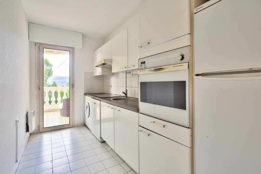 Appartement à louer 3 62.05m2 à Mandelieu-la-Napoule vignette-9