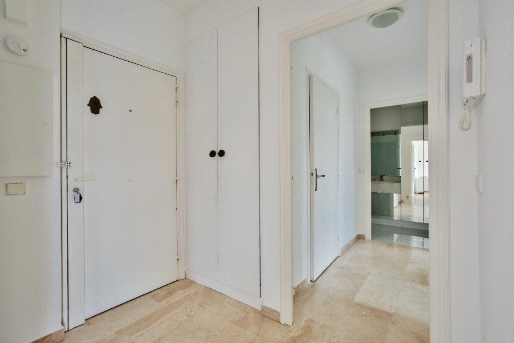 Appartement à louer 3 62.05m2 à Mandelieu-la-Napoule vignette-10