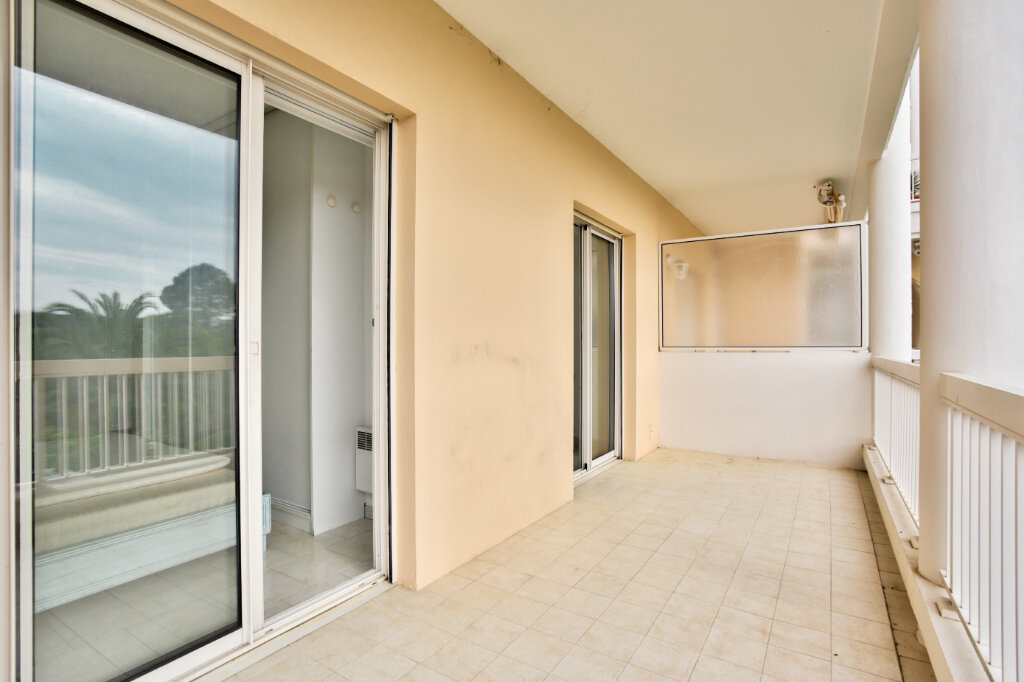 Appartement à louer 3 62.05m2 à Mandelieu-la-Napoule vignette-17