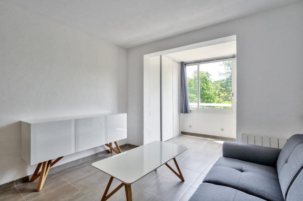 Appartement à louer 3 51.25m2 à Mandelieu-la-Napoule vignette-5