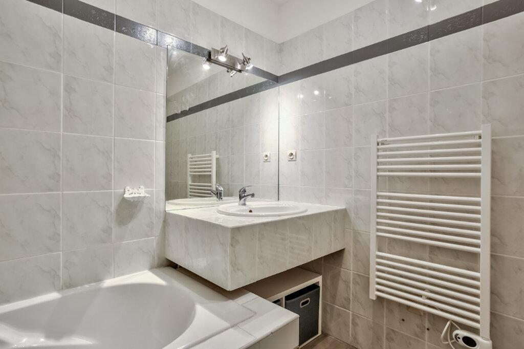 Appartement à louer 3 51.25m2 à Mandelieu-la-Napoule vignette-15