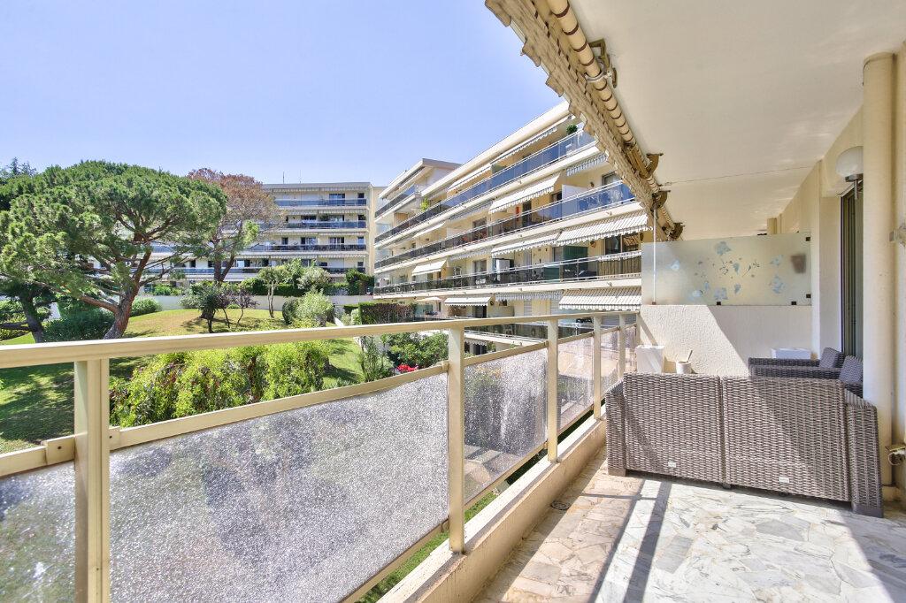 Appartement à louer 1 29.55m2 à Mandelieu-la-Napoule vignette-4