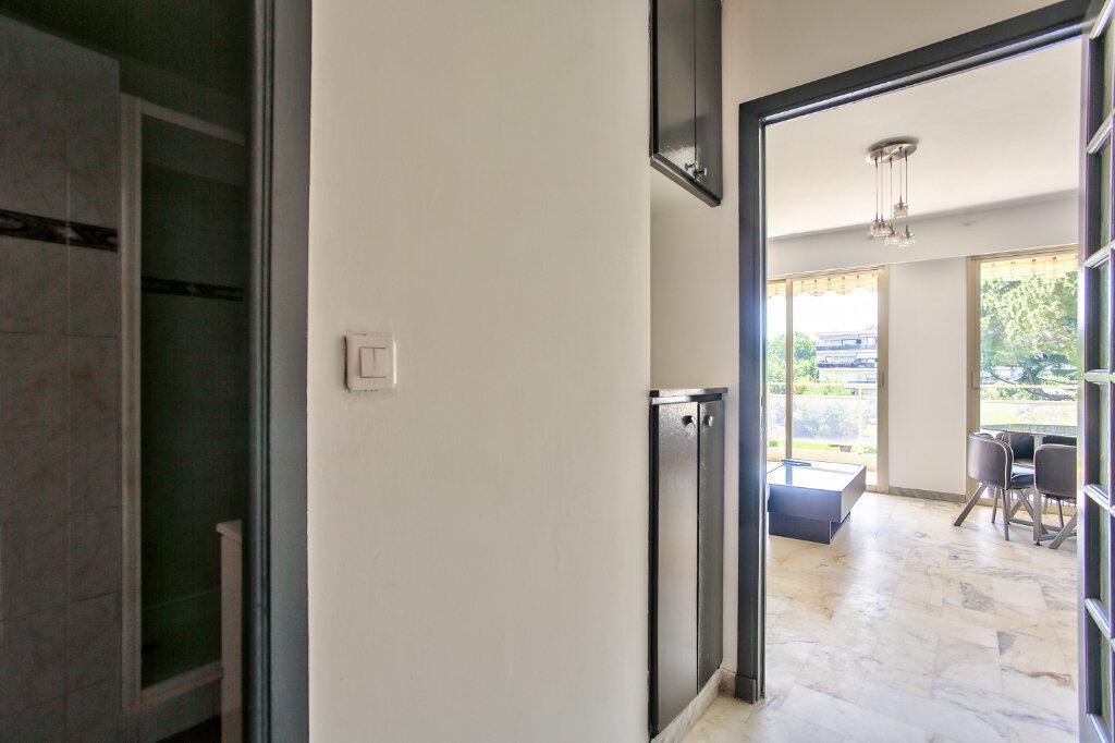 Appartement à louer 1 29.55m2 à Mandelieu-la-Napoule vignette-7