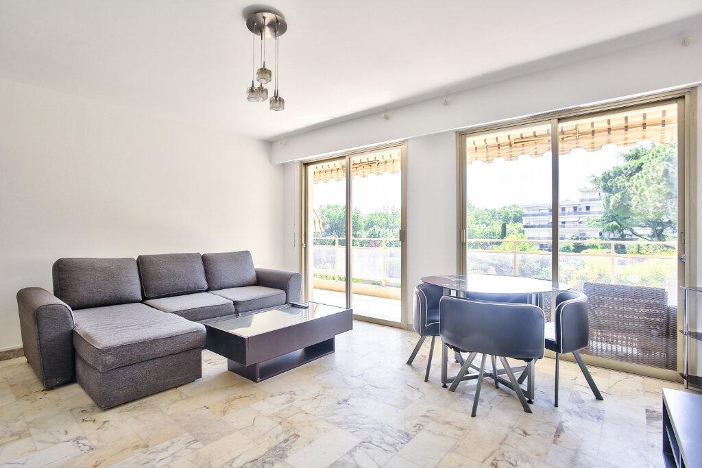 Appartement à louer 1 29.55m2 à Mandelieu-la-Napoule vignette-10