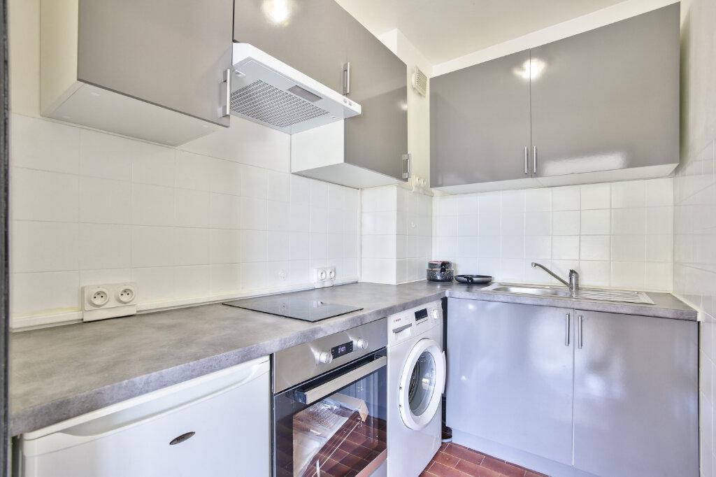Appartement à louer 1 29.55m2 à Mandelieu-la-Napoule vignette-13