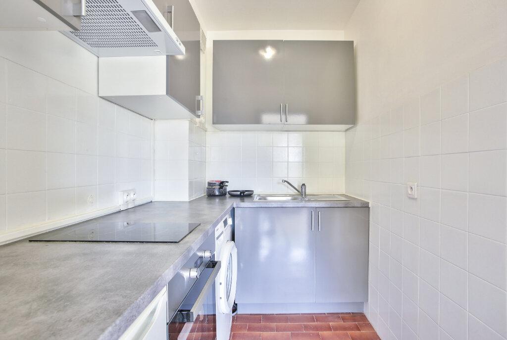 Appartement à louer 1 29.55m2 à Mandelieu-la-Napoule vignette-14