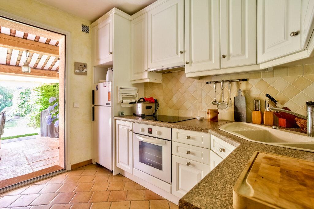 Maison à vendre 4 109.03m2 à Mandelieu-la-Napoule vignette-8