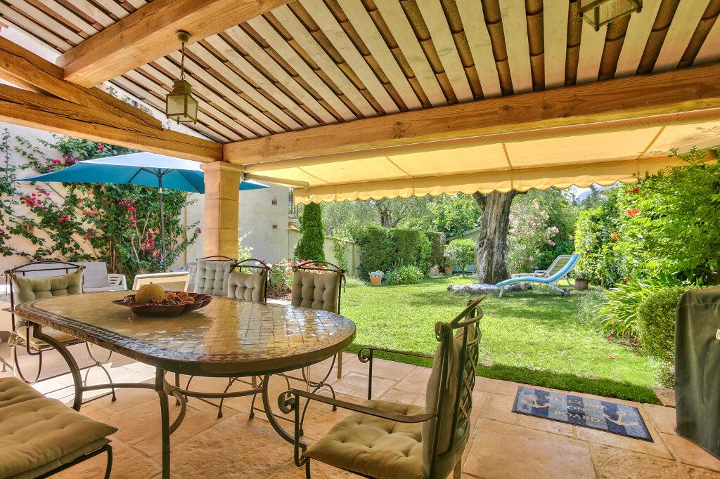 Maison à vendre 4 109.03m2 à Mandelieu-la-Napoule vignette-9