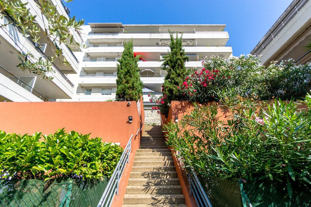 Appartement à louer 4 91.26m2 à Mandelieu-la-Napoule vignette-1