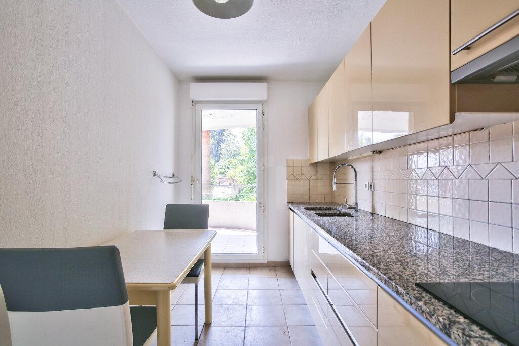 Appartement à louer 4 91.26m2 à Mandelieu-la-Napoule vignette-9