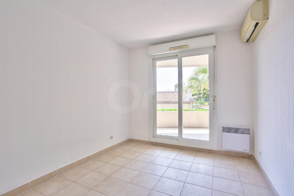 Appartement à louer 4 91.26m2 à Mandelieu-la-Napoule vignette-11