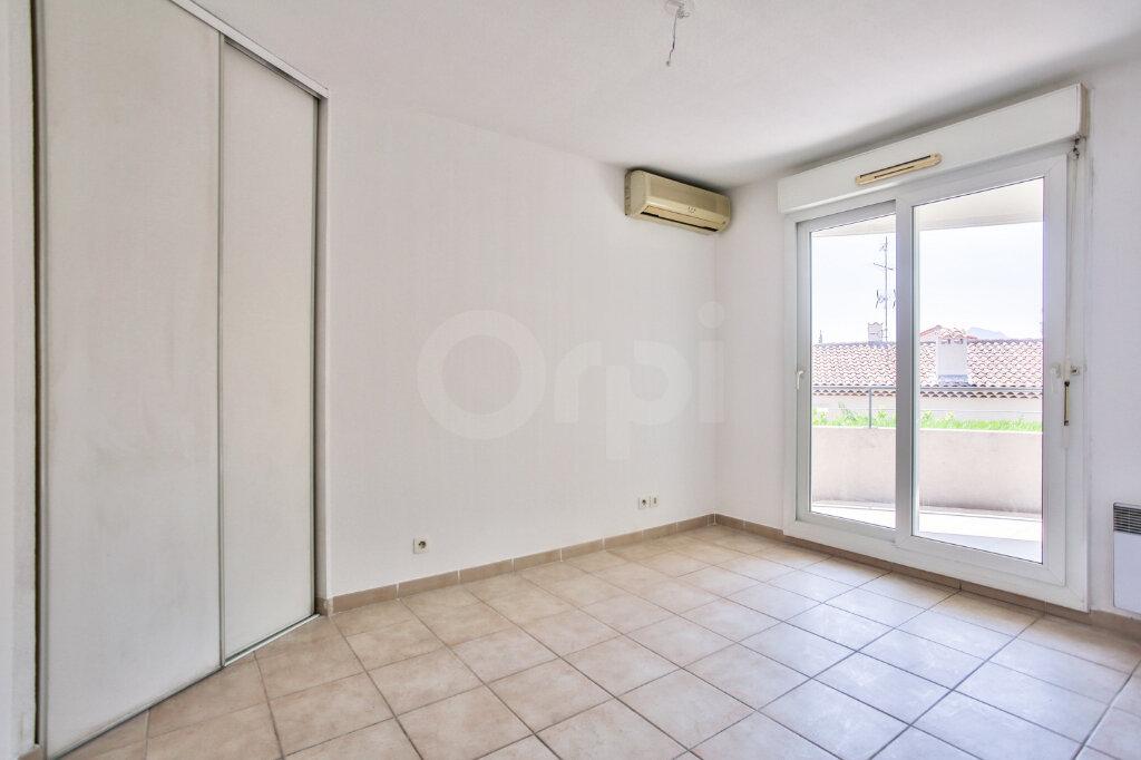 Appartement à louer 4 91.26m2 à Mandelieu-la-Napoule vignette-13