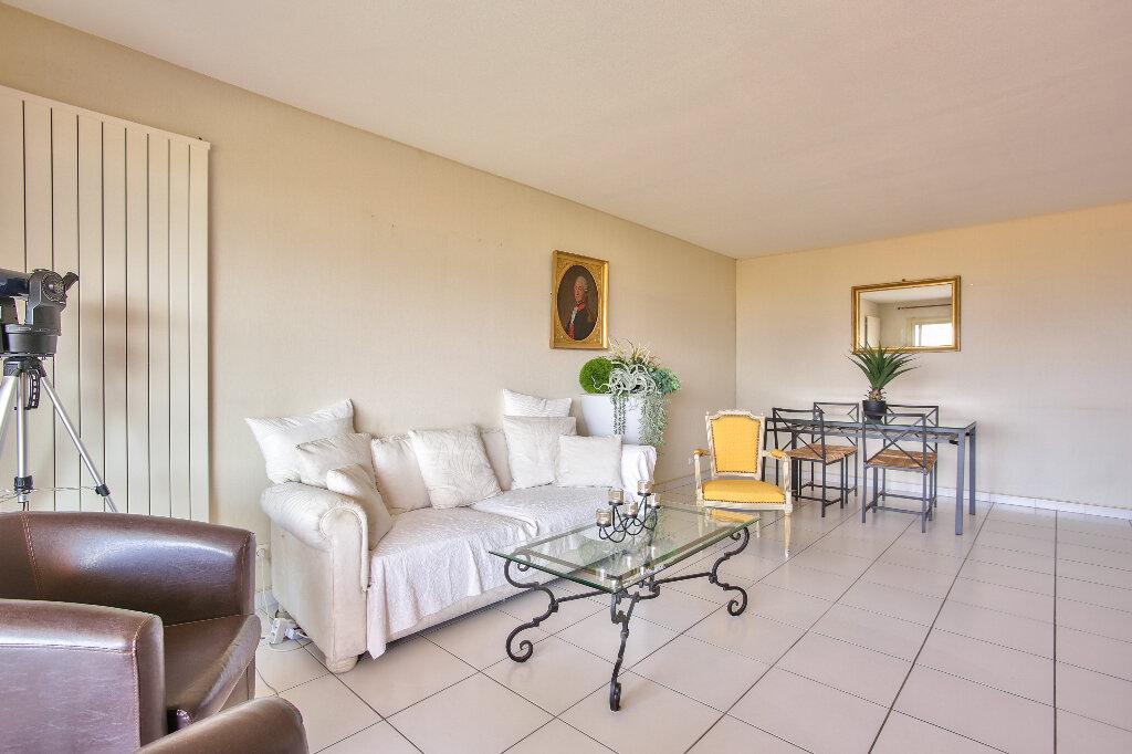 Appartement à vendre 3 72.15m2 à Mandelieu-la-Napoule vignette-7