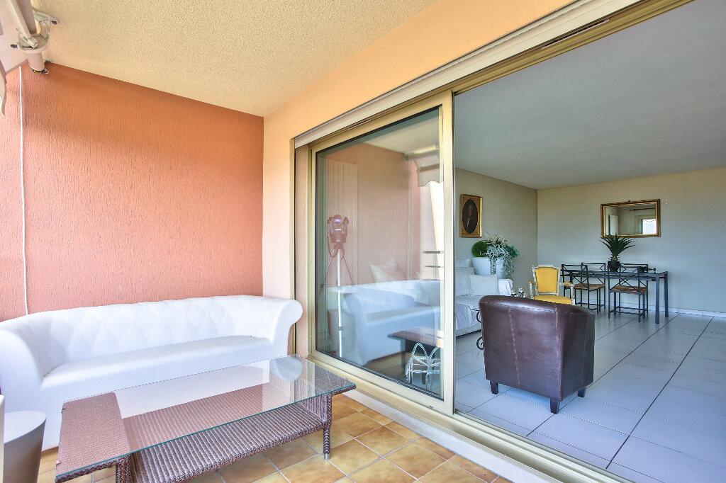 Appartement à vendre 3 72.15m2 à Mandelieu-la-Napoule vignette-8