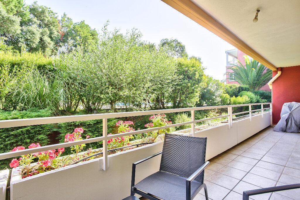 Appartement à vendre 2 51.6m2 à Mandelieu-la-Napoule vignette-1