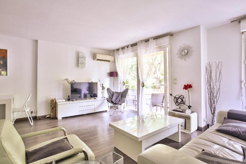 Appartement à vendre 2 51.6m2 à Mandelieu-la-Napoule vignette-4