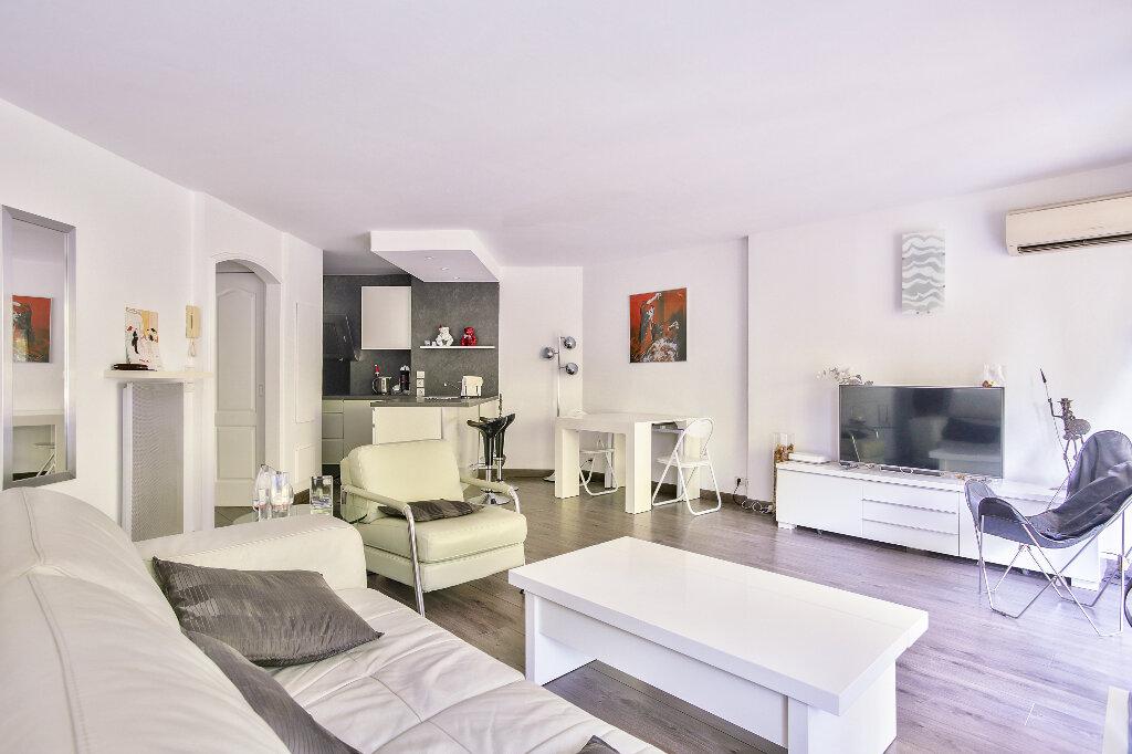 Appartement à vendre 2 51.6m2 à Mandelieu-la-Napoule vignette-5
