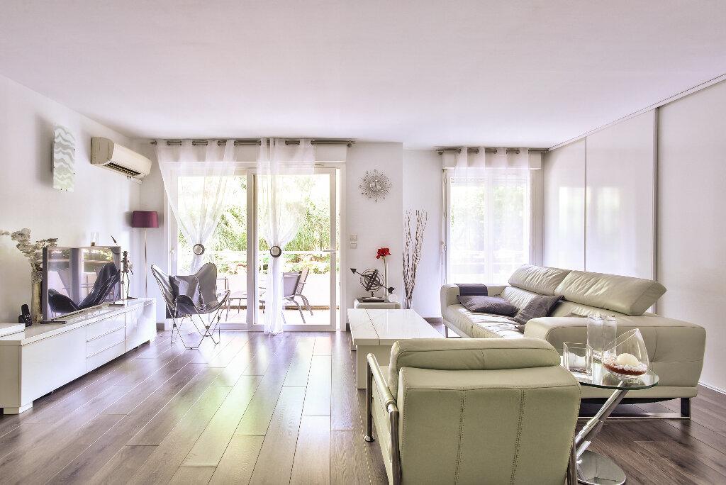 Appartement à vendre 2 51.6m2 à Mandelieu-la-Napoule vignette-6